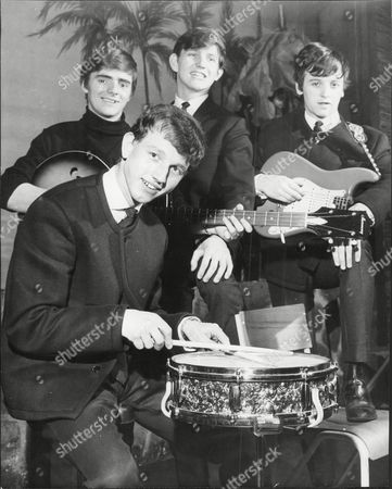 Wayne Fontana And The Mindbenders Pop Group From Left To Right Bob Lang Wayne Fontana Eric Stuart And On Drums Rik Rothwell