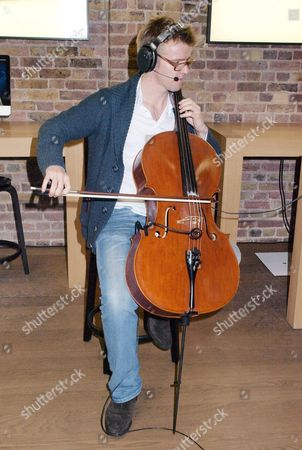 Peter Gregson, cellist and composer