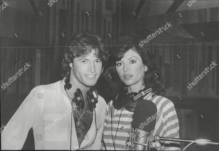 Andy Gibb Pop Star Brother Of Bee Gees Pop Group Members With His Girlfriend Actress Victoria Principal 1983.