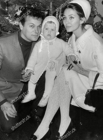 Actor Tony Curtis (died 9/10) With His 2nd Wife Christine Kaufmann And Their 15-month-old Daughter Alexandra In 1965.