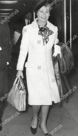 Veronica Lake Film Actress Arriving At London Airport 1969.
