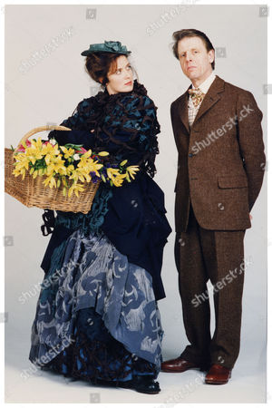 My Fair Lady. Manchester Opera House; Edward Fox Pictured As Professor Henry Higgins With Helen Hobson As Eliza Doolittle In A Photoshoot For The Stage Musical By Alan Jay Lerner And Frederick Lowe Adapted From Pygmalion The Play By George Bernard Shaw.