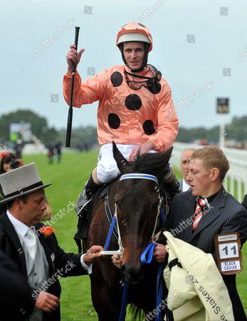 Luke Nolen on Black Caviar wins The Diamond Jubilee Stakes
