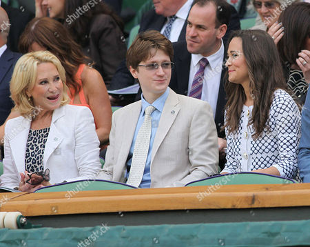 Pippa Middleton talks with Felicity Kendal and her son, Jake Rudman
