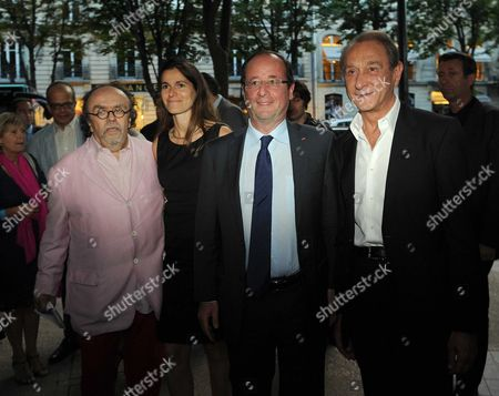 Jean-Michel Ribes, Aurelie Filippetti, Francois Hollande and Bertrand Delanoe