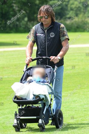 Andrea Vianini with son Indio Vianini Kidd