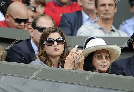 Editorial picture of Mikhail Kukushkin V Roger Federer Roger Federers Wife Mirka Vavrinec Wimbledon Tennis 2011 Day Two 21/06/2011 Pic Andy Hooper.daily Mail