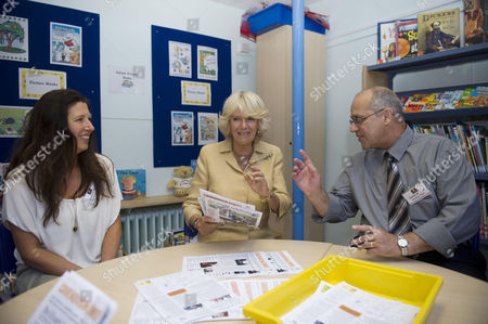The Duchess Of Cornwall With Suzanne Diver And David De Cruz At The Cavendish Primary School In Chiswick Today Where She Made A Donation To A Campaign To Fund 10 Vrh Reading Volunteers During Her Visit To The School's Volunteer Reading Help (vrh) Project. Press Association Photo. Picture Date: Tuesday June 21 2011. See Pa Story Royal Camilla. Photo Credit Should Read: Jeremy Selwyn/pa Wire