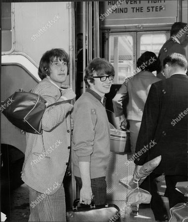 Peter Asher And Gordon Waller Who Make Up The Pop Group Peter And Gordon