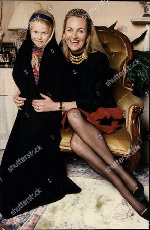 Frances Edmonds Writer And Wife Of Cricketer Phil Edmonds (not Shown) With Their Daughter Alexandra Edmonds 1994.