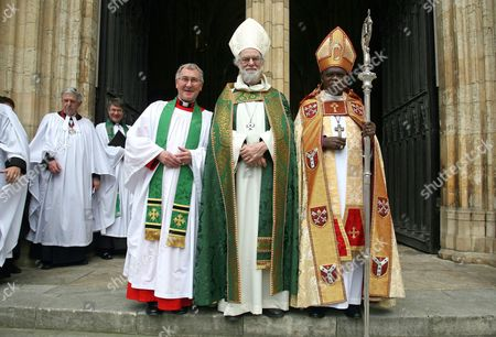 Stock Picture of Acting Dean of York, Canon Glyn Webster (L), The Archbishop of Canterbury Dr Rowan Williams and The Archbishop of York Dr John Sentamu