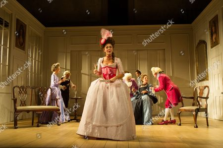 Susannah Fielding (as Lady Teazle), Serena Evans (Lady Sneerwell), Timothy Speyer (servant), Grant Gillespie (Sir Benjamin Backbite), Zoe Rainey (Maria), Maggie Steed (Mrs Candour), Edward Bennett (Joseph Surface) and David Killick (Crabtree)