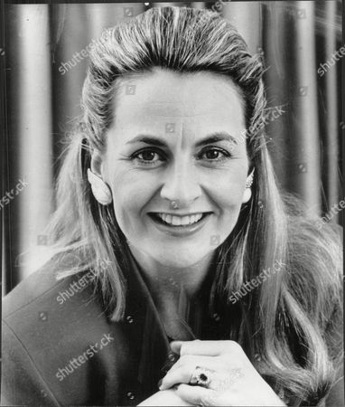 Frances Edmonds Writer And Wife Of Cricketer Phil Edmonds (not Shown) 1989.