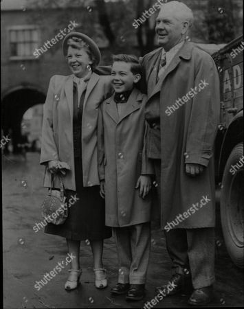 Young American Actor Bobby Driscoll With His Mother And Father Cletus And Isabelle