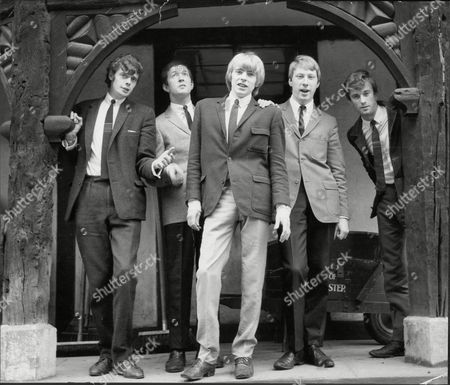 The Yardbirds - Paul Samwell-Smith, Eric Clapton, Keith Relf Chris Dreja and Jim McCarty