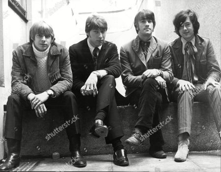 The Yardbirds Pop Group L To R Keith Relf Chris Droja Jim Mccarty And Jimmy Page