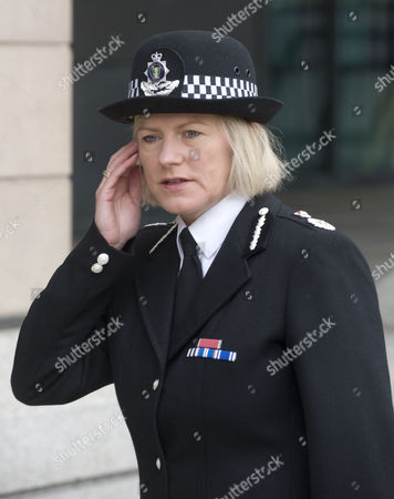 Editorial photo of Chief Constable Sara Thornton Of Thames Valley Police Arrives At The Parliamentary Committee Hearing Today Picture Jeremy Selwyn 12/07/2011