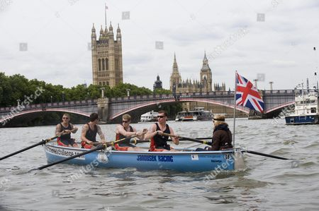 Royal Marine Commando From 40 Cdo Rm Complete A Five Day Charity Row Down The River Thames From Cox. Cox Catherine Rule Mne Stuart Kent Mne Mark Moore Mne Dan Philips Cpl Ian Ronald Picture By Glenn Copus