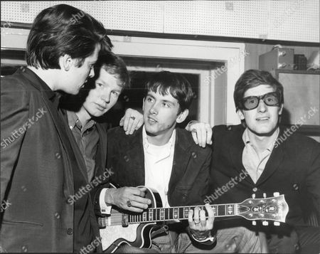 Pop Group 'the Searchers' - 1964 - Chris Curtis Frank Allen John Mcnally And Mike Pender.