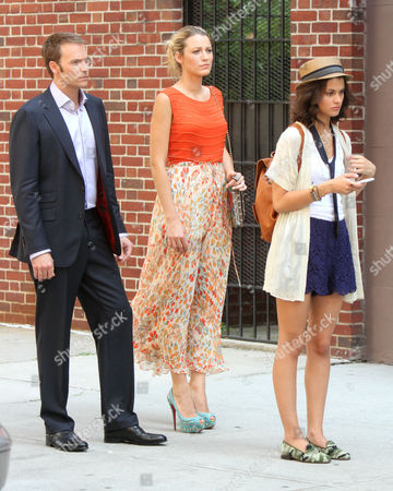 Barry Watson and Blake Lively