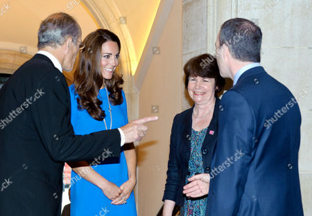 Sandy Nairne introduces Catherine Duchess of Cambridge to Pim Baxter, NPG and Ian Livingston, CEO of BT