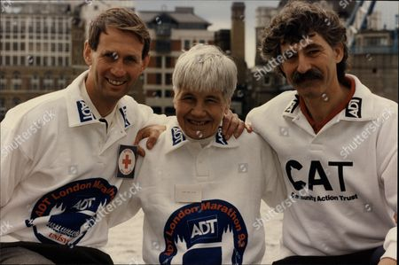 (l-r) Ian Richter Jenny Wood Allen And David Bedford Entrants For 1993 London Marathon.