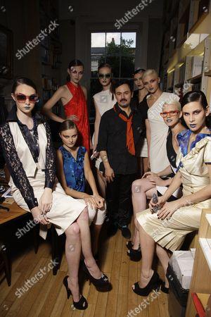 Nico Didonna and models backstage