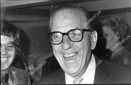 Stanley Holloway (dead January 1982) Actor