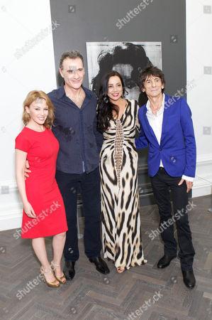 Kylie Minogue, Mauro Perucchetti, Lorena Perrucchetti & Ronnie Wood