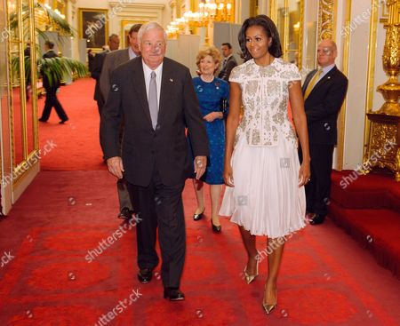 US Ambassador Louis B Susman and US First Lady Michelle Obama