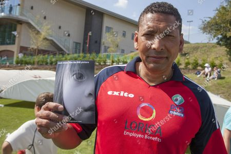 Phil DeFreitas helps raise awareness of DS the BIG Picture