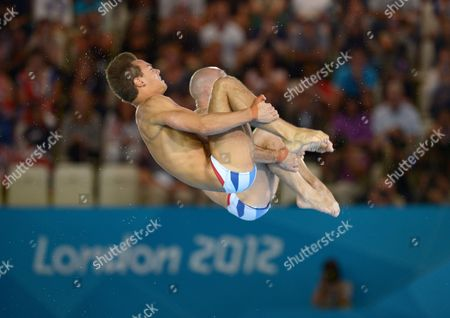 Tom Daley and Peter Waterfield (GBR) compete during the Men's Synchronised 10m Platform final