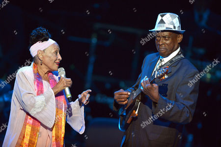 Stock Photo of Omara Portuondo and Gilberto Oviedo La Portilla