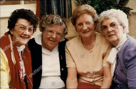 Editorial picture of Women's Royal Air Force Girls 49th Reunion Margaret Leighton (74) Vera Mortimer (77) Joan Foster (72) Madge Clarkson (70) . -. Rexmailpix.