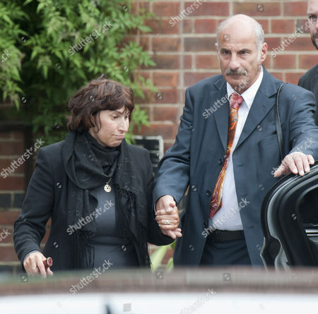 Stock Photo of Funeral Of Rock Star Amy Winehouse At Golders Green In London. Mother Janis. Picture Dave Parker 26.7.11 Reporter Paul Harris And Emily Andrews.