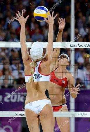 Misty May-Treanor and Jennifer Kessy - women's final