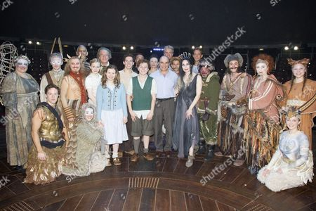 David Suchet (The Voice of Aslan), with cast members including Forbes Masson (Mr Tumnus), David Rubin (Maugrim/Giant Rumblebuffin), Carly Bawden (Susan Pevensie), Brian Protheroe (Professor/Father Christmas), Rebecca Benson (Lucy Pevensie), Philip Labey (Peter Pevensie), Jonny Weldon (Edmund Pevensie), Sally Dexter (The White Witch), Miltos Yerolemou (Ginarbrikk), Paul Barnhill (Mr Beaver), Sophie Louise Dann (Mrs Beaver) and Audrey Brisson (Mrs Hedgehog)