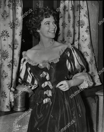 Actress Bernadette O'farrell As Nell Gwyn In Television Play Bernadette O'farrell (30 January 1924a26 September 1999) Was An Irish Actress. She Is Best Known For Playing Maid Marian In The 1950s Tv Version Of The Adventures Of Robin Hood. She Left The Show After The Second Season To Be Replaced By Patricia Driscoll. She Played An English Mistress Miss Harper In The Happiest Days Of Your Life (1949) And Appeared As Jessie Bond In The Story Of Gilbert And Sullivan (1953). She Also Appeared In The Wildcats Of St. Trinian's (1980).