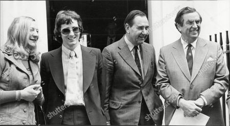 L-r Mary Peters Jim Muirhead Colin Cowdrey And Denis Healey.