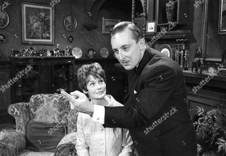 Ann Firbank as Maureen Benton and Peter Cellier as Simon Benton