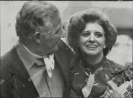 Stock Image of Actress Pat Phoenix With Her Husband Alan Browning. Pat Died Of Lung Cancer 17/9/1986.