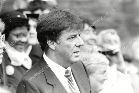 Russell Harty Arrives For The Funeral Of Actress Pat Phoenix In Manchester.
