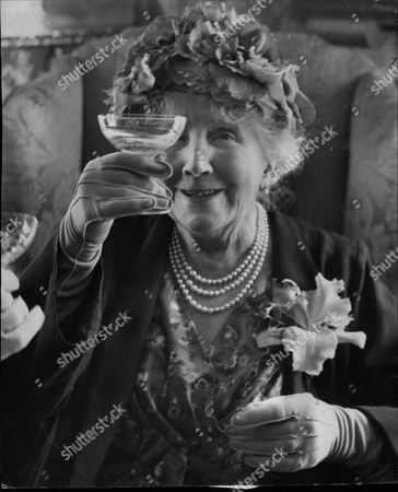 Editorial picture of Ellaline Terriss (lady Seymour Hicks) Former Actress At A Party To Celebrate Her 90th Birthday Given By Actress Margot Grahame.