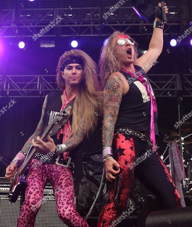 Steel Panther - Lexxi Foxxx and Michael Starr