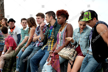 Megan Lewis, Gerard Canonico, Alex Wyse, Taylor Trensch, Elizabeth Judd, Jason Hite,  Casey Garvin, Ariana Groover, Sara Kapner, Justin Gregory Lopez