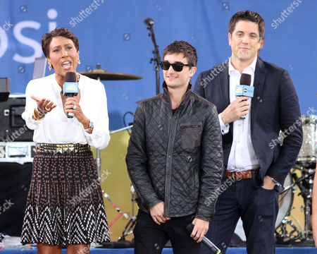 Robin Roberts, Tom Parker of The Wanted and Josh Elliot