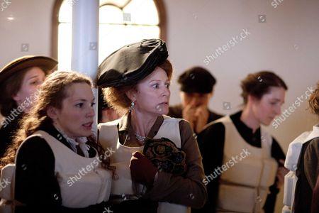 Perdita Weeks as Georgiana Grex and Geraldine Somerville as Countess of Manton