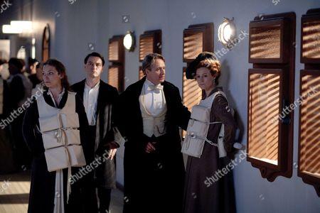 Perdita Weeks as Geraldine Grex, Lee Ross as Barnes Linus Roache as Earl of Manton and Geraldine Somerville as Countess of Manton