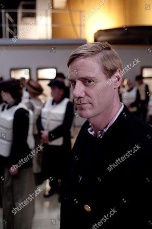 Steven Waddington as 2nd Officer Charles Lightoller