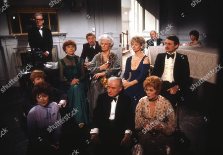 John Moffatt as George, Martyn Jacobs as Peter and Jenny Quayle as Sue, Isabel Dean as Betty, Valentine Dyall as Oscar, Elspeth March as Totty, Peter Bennett as Dickie, Jill Bennett as Stella, Rachel Roberts as Pauline and Peter Jeffrey as Rufus